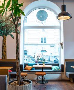 Midi - Cafe & Bistrot